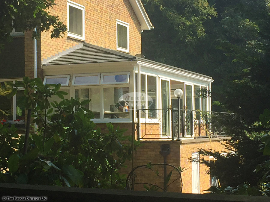 Replace A Conservatory Roof In Woking With Equinox Roof The Fascia Division Guildford